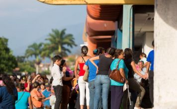 Lines Form Outside Petro-accepting Stores in Venezuela + More News